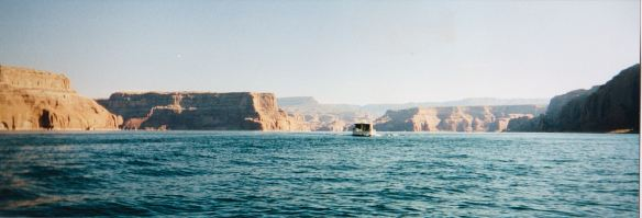 LPhouseboat