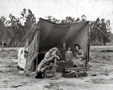 dorothea-lang-migrant-mother-tent