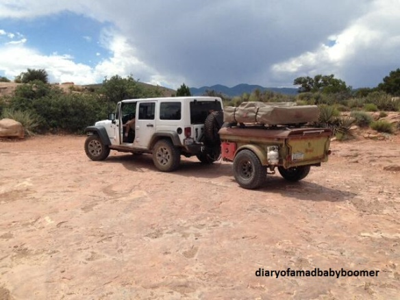 Jeep and trailer 2